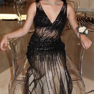 Basix Black Label, 0 Beaded Gown